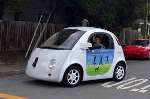 La voiture automatisée de Google.