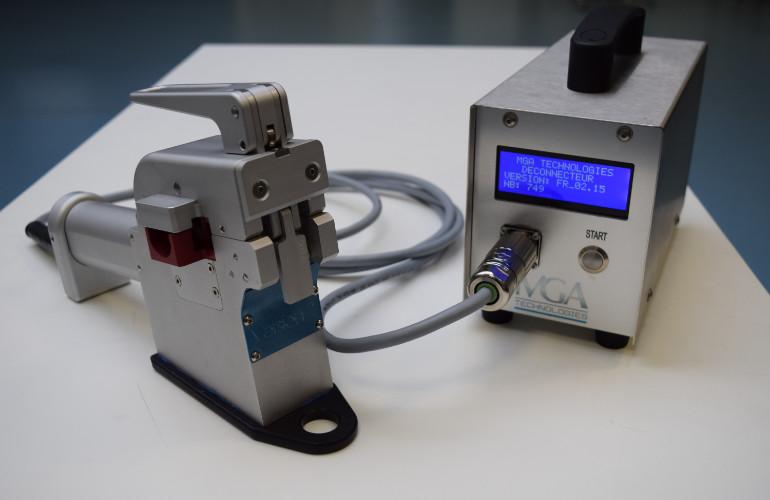 Scelleuse de tubes thermoplastiques