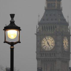 Londres – Des lampadaires transformés en station de charge par Siemens