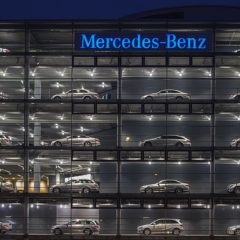 Le premier poids-lourd électrique de Mercedes, eActros, dévoilé